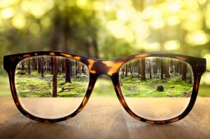 5 Signs you Need Reading Glasses